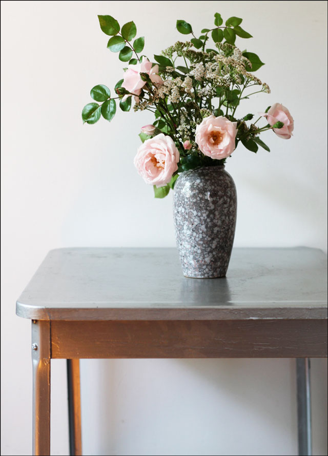 garden-bouquet-on-metal-table