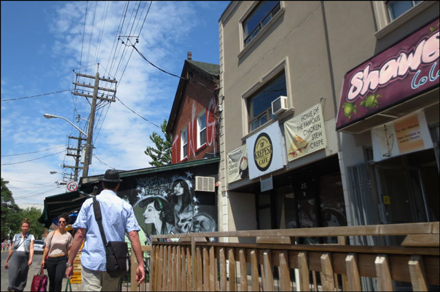 in-kensington-market-toront