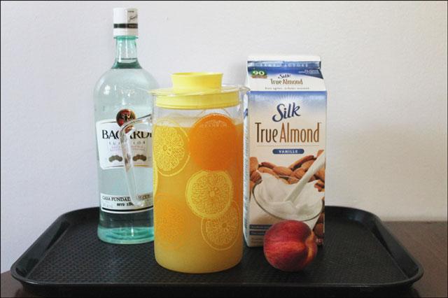 make-an-almond-peach-cocktail