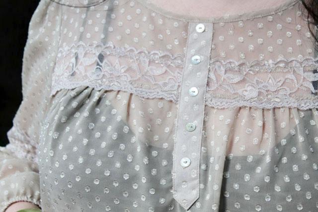 blouse-detail