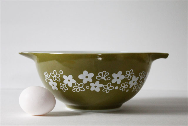 thrifted-pyrex-bowl-spring-