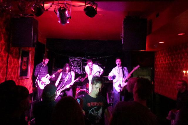 band-red-nightclub