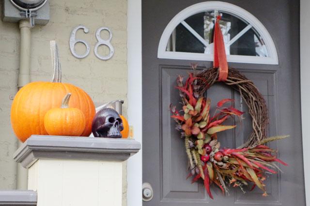 halloween-doorway