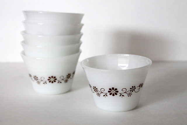 thrifted-small-milkglass-bowls