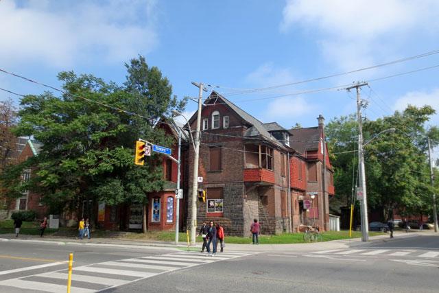 old-mansion-sherbourne-and-howard-st-toronto