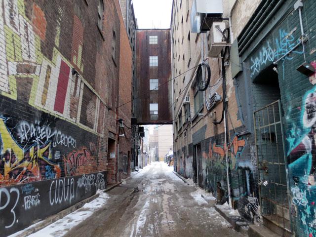 alleyway-toronto