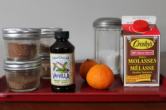 ingredients-for-spiced-syrup