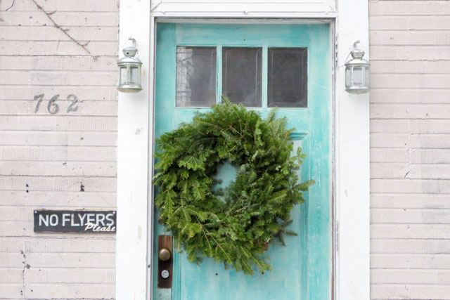 wreath-on-blue-door