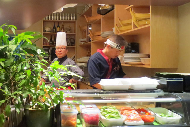 chefs-at-to-ne-sushi