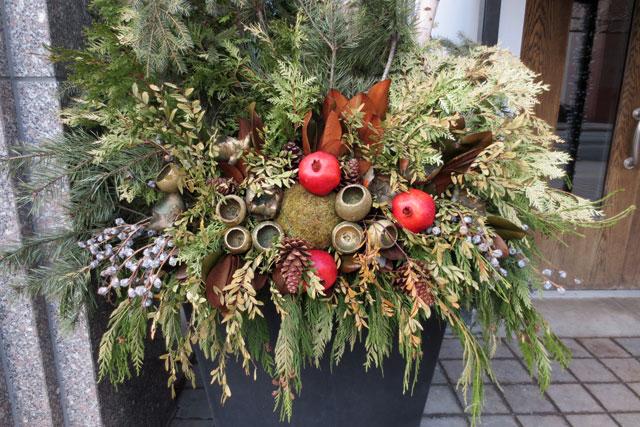 condo-floral-display