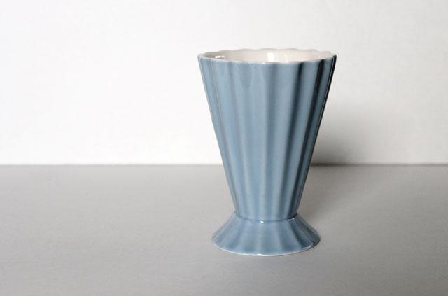 thrifted-light-blue-vintage-vase