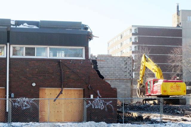 alexandra-park-demolition-feb-2014-01