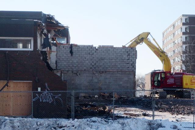 alexandra-park-demolition-feb-2014-02