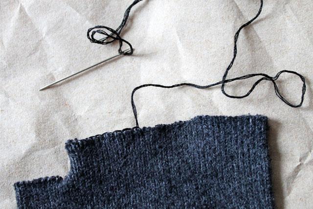 blanket-stitch-raw-edges-1