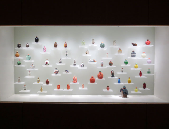 collection-of-snuff-bottles-ago-5