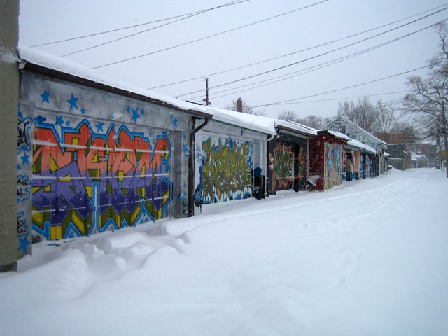 garages-in-the-snow