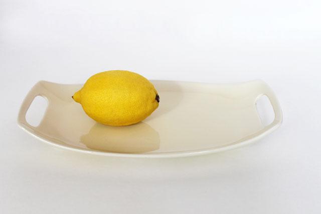 thrifted-ceramic-platter-mod-looking-02