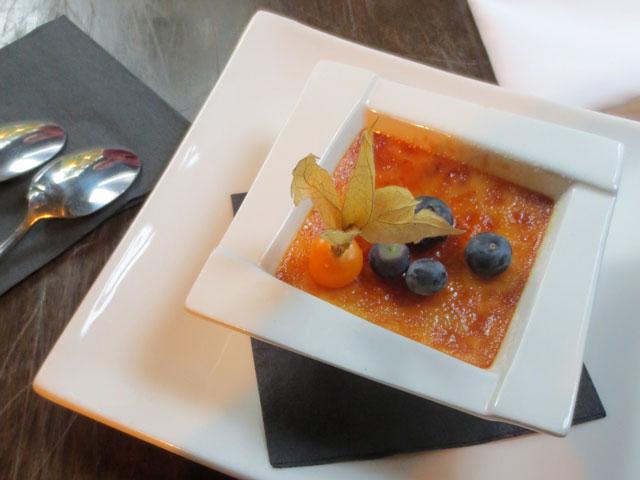 creme-brule-at-politica-restaurant-toronto