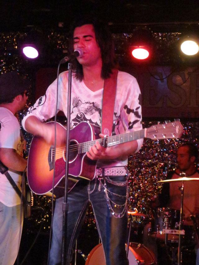 damien-rattler-the-horseshoe-july-2014