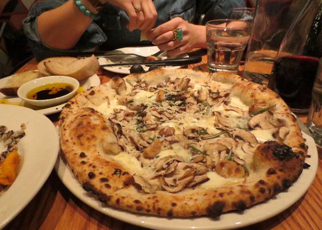 cremini-mushroom-pizza-at-pizzeria-libretto