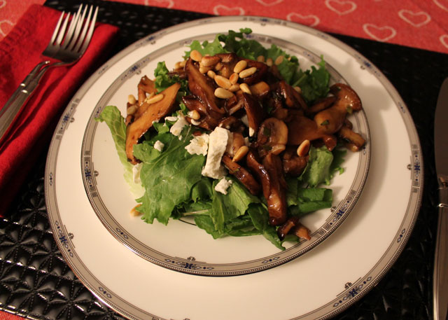 mushroom-and-goat-cheese-salad-anniversary-dinne-02r
