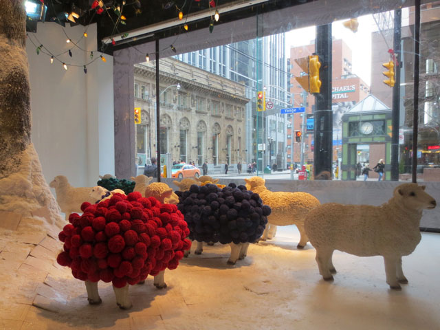 the-bay-window-sheep-balls-of-wool-christmas-2014-downtown-toronto
