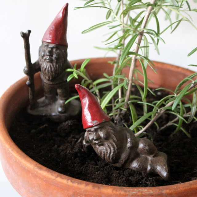 small-cast-iron-garden-gnomes-for-house-plants-2