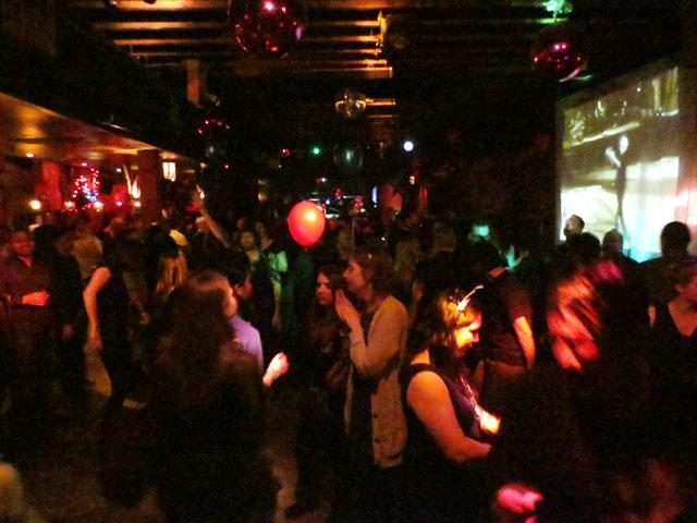 the-velvet-underground-club-toronto-new-years-2015-2