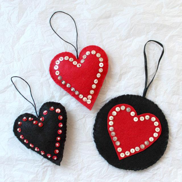 handmade-valentine-decorations-felt-sequins-and-beads-hanging-heart-diy