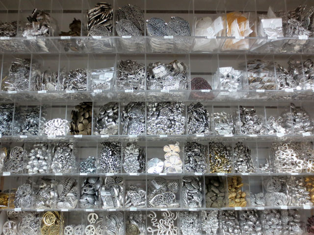 charms-and-pendants-in-arton-bead-shop-queen-street-west-toronto