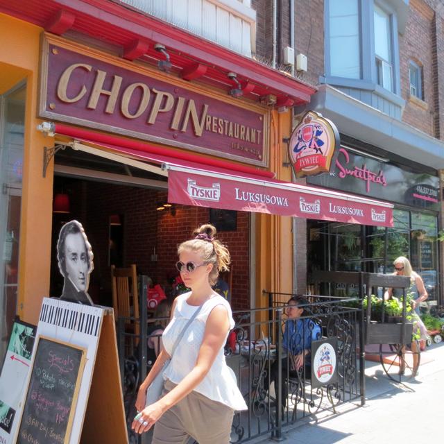 chopin-restaurant-on-roncesvalles-avenue-toronto