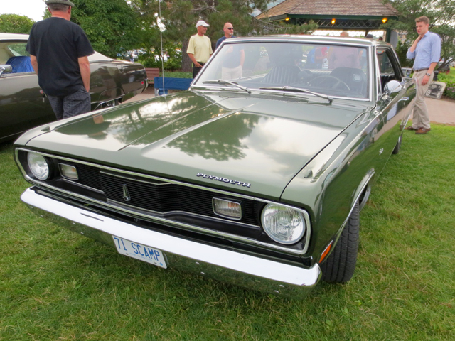 vintage-plymouth-scamp-at-barrie-car-show