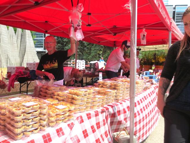 tarts-for-sale-farmers-market-downtown-toronto