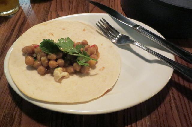 veggie-chickpeas-tortilla-at-valdez-restaurant-toronto