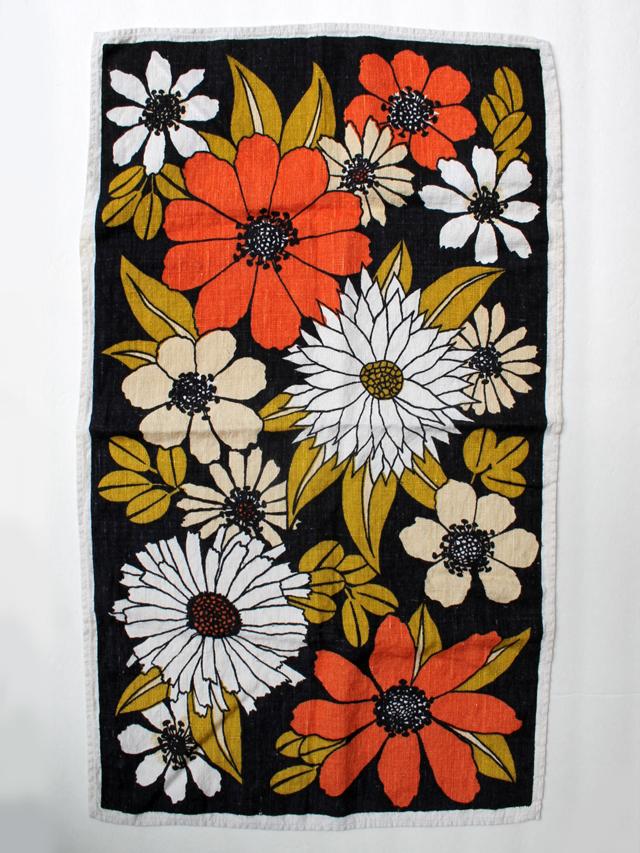 thrifted-linen-tea-towel