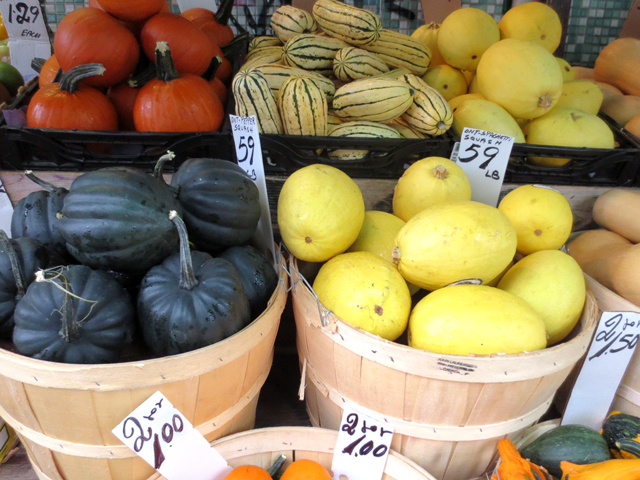 pumpkins-and-squashes-in-kensington-market