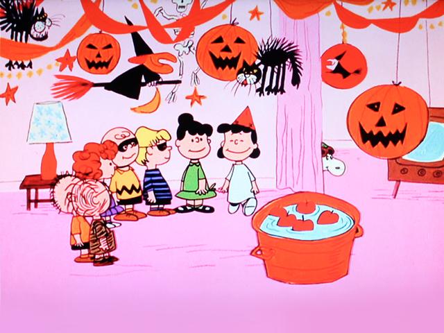 shot-of-tv-screen-charlie-brown-the-great-pumpkin