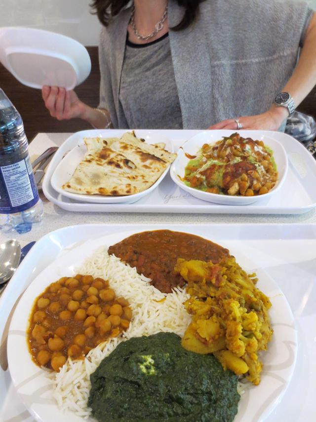 amaya-express-indian-food-in-yorkdale-mall-toronto