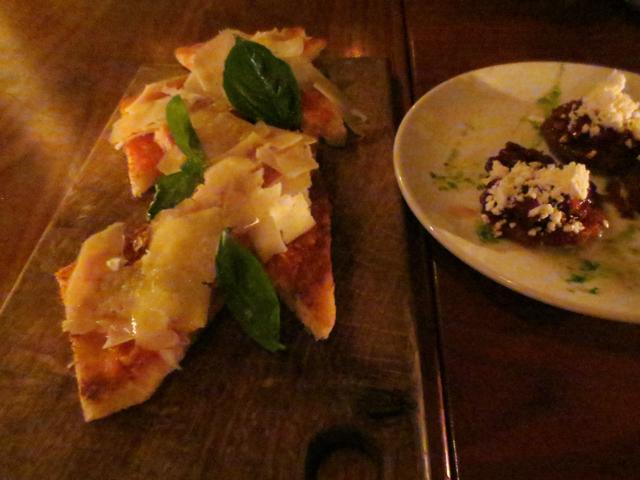 pa-amb-tomaquet-spanish-tapas-at-carmen-restaurant-queen-street-west-toronto