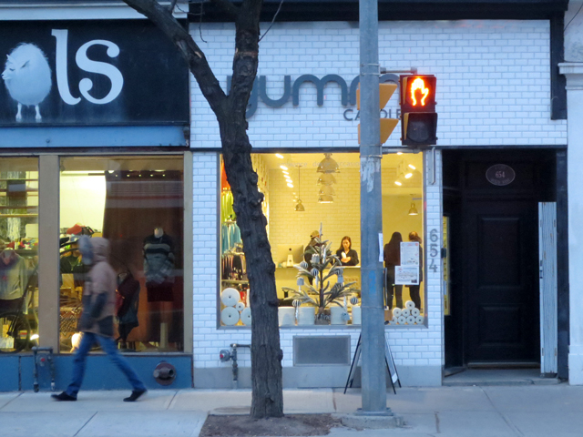 yummi-candle-shop-queen-street-west-toronto