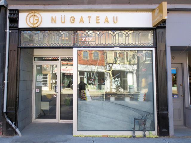 nugateau-eclair-shop-on-queen-street-west-toronto