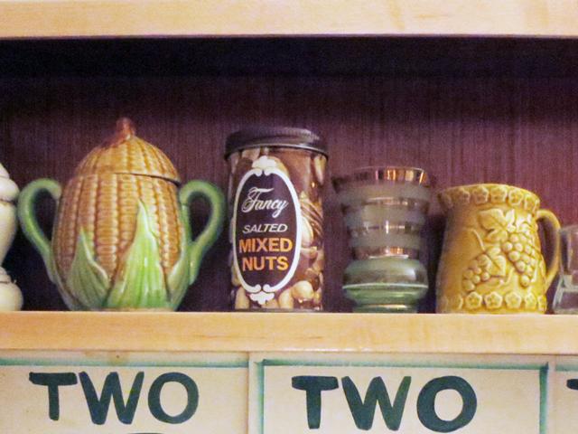 display-of-vintage-things