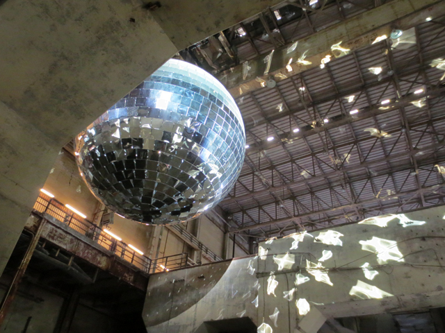 one-thousand-speculations-worlds-largest-mirror-ball-luminato-festival-toronto