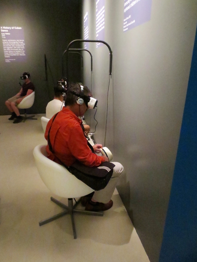 watching-3d-film-at-tiff-pop-virtual-reality-experience-toronto