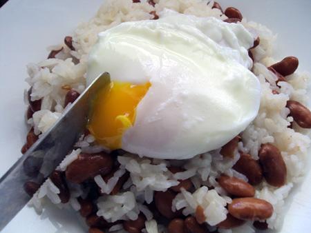 ricewithbeans-poachedegg