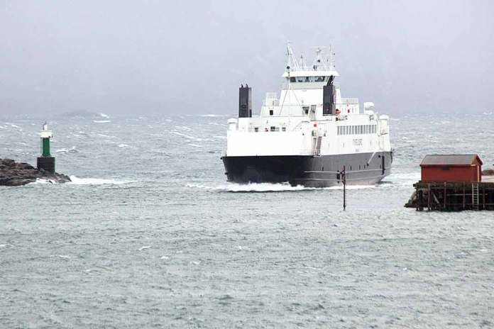 tysfjord ferge ferga 1068