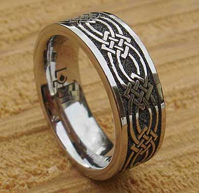 Mens Chunky Celtic Titanium Ring LOVE2HAVE In The UK