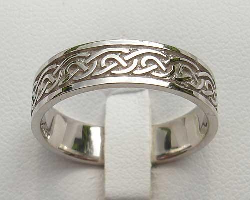 Celtic Style Ring For Men ONLINE In The UK