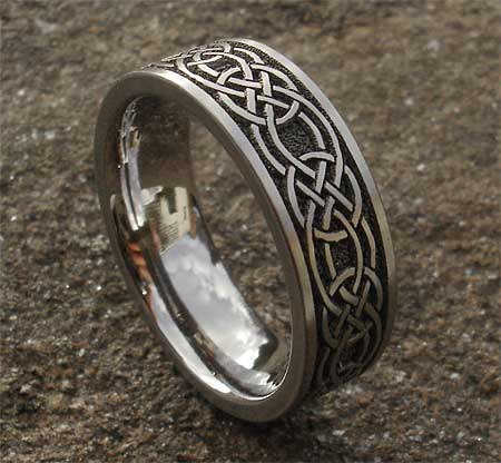 Celtic Knot Titanium Ring For Men LOVE2HAVE In The UK