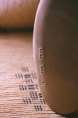 nyfika-papoutsia-thomas-shoes